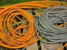 Кража, В Керчи мужчина пытался украсть телефонный кабель