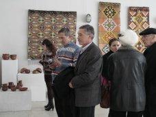 Выставка, В Симферополе открылась выставка декоративного искусства
