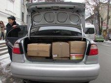 политическая ситуация в Украине, Из Симферополя в Киев отправили вещи и еду для крымских солдат и бойцов «Беркута»