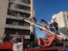 Пожар, В Симферополе горело общежитие с иностранными студентами