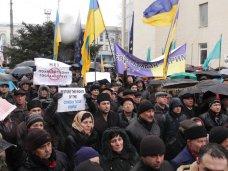 политическая ситуация в Украине, Крымские татары провели митинг в Симферополе