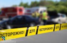 ДТП, В Феодосии легковушка въехала в перегородивший дорогу «КАМАЗ»