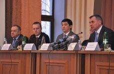встреча, Крымские депутаты встретились со студентами-медиками в Симферополе