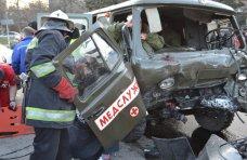В ДТП в Севастополе погиб человек, еще восемь пострадали