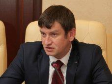 Изменения в Конституцию Украины должны приниматься с соблюдением Основного закона страны, – депутат