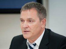 Запад рассматривает Украину как пешку в своей игре, – нардеп