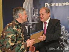Премьер Крыма вручил награды воинам-интернационалистам