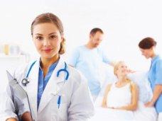 В Крыму семейными врачами обслуживается более 321 тысячи семей