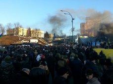 Силовики потребовали от оппозиции до вечера убрать людей с улиц Киева