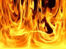 В Симферополе из-за пожара в жилом доме эвакуировали 17 человек