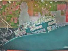 Критиковать экологические риски строительства порта в Крыму преждевременно, – эксперт
