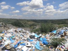 Ущерб от стихийной свалки на востоке Крыма оценили в 100 тыс. грн.