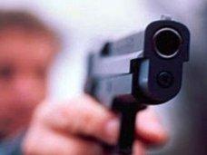 Крымчанин пойдет под суд за то, что угрожал своей сожительнице пистолетом