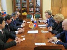 Спикер парламента Крыма встретился с депутатами Госдумы России