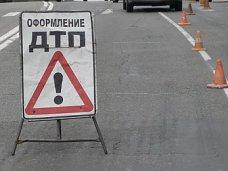 В столкновении автомобилей в Симферополе пострадала женщина