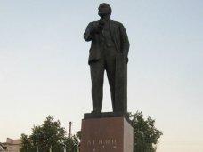 В Симферополе проведут опрос о необходимости демонтажа памятника Ленину