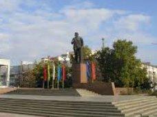 Крымский премьер призвал не допустить вандализма с памятниками Ленину
