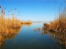 Поиски пропавших в Сакском районе рыбаков не дали результатов