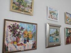 В Симферополе открылась выставка молодой крымской художницы