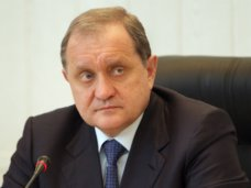 Глава Совмина призвал духовных лидеров не допустить противостояния на межнациональной почве