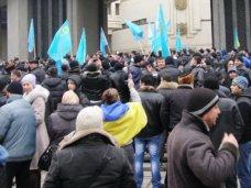 Жертвами вчерашнего митинга в Симферополе стали два человека