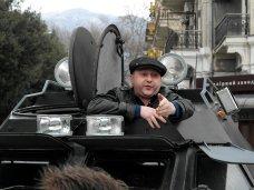 Ялтинцы прогнали из центра города военный автомобиль