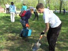 В Кировском районе школьников привлекут к облагораживанию памятников