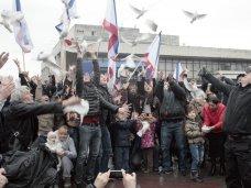 В Симферополе провели акцию во имя мира и согласия