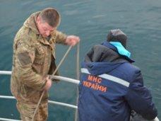 В море у берегов Ялты обнаружили тело неизвестного мужчины