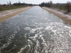 Сегодня в Крым пустили днепровскую воду