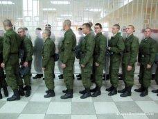 Над крымскими солдатами-срочниками издеваются в украинских частях