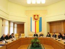 В Крыму создадут Общественную палату