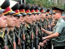 В крымском парламенте открыта горячая линия для военнослужащих