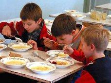 Школьникам Крыма оставят бесплатное питание