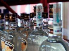 В Крыму проводится переоформление лицензий на торговлю алкоголем