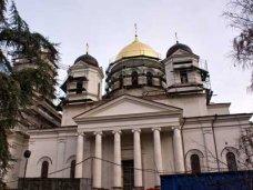 Московские паломники передали в Крым дары