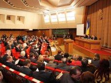 В Крыму установили три государственных языка