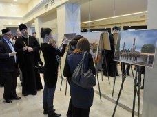 Крымский фотограф представил свои работы на выставке в Москве