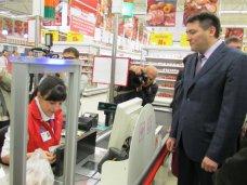 Повышение цен в торговых сетях Крыма связано с падением гривны, – Темиргалиев