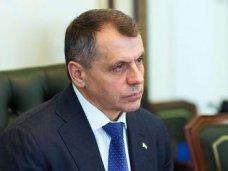 Глава парламента Крыма встретился в Москве с российский премьером