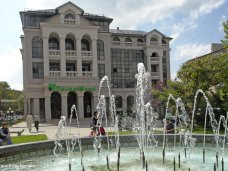Банк России запретил четырем банкам работать в Крыму