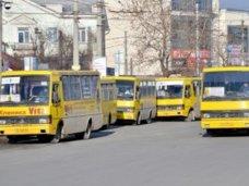 В Симферополе в поминальный день будет ходить дополнительный транспорт