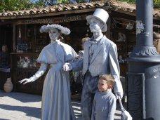 В Евпатории провели чемпионат живых статуй