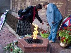В Севастополе почтили память военных журналистов