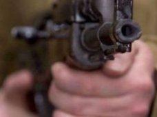 В Симферополе в бытовой ссоре отец застрелил сына из автомата