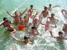 На отдых детей в Крыму выделено 1,8 млрд. рублей