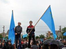 В Симферополе провели траурный митинг ко Дню памяти жертв депортированных