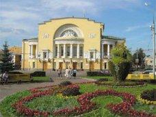 Ярославский театр привез в Крым сказку, концерт и два провокационных спектакля