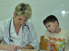 Отдыхающие в Крыму дети могут рассчитывать на бесплатное лечение