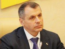 Спикер Крыма принимает участие в работе экономического форума во Владимире